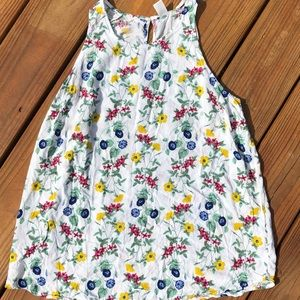 Sale 3/$20 OLD NAVY white floral tank
